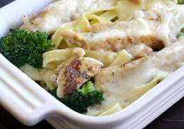 Chicken Fettucine Alfredo & Broccoli
