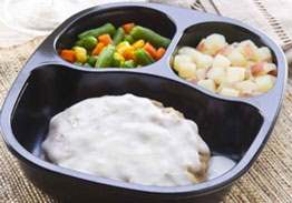 Creamy Country Fried Steak with Red Skin Potatoes & Mixed Vegetables - Individual Meal