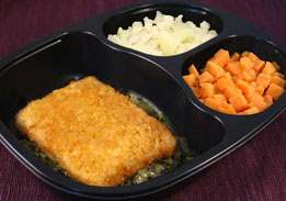 Breaded Fish & Alfredo Spinach Sauce, Sweet Potatoes & Cauliflower - Individual Meal